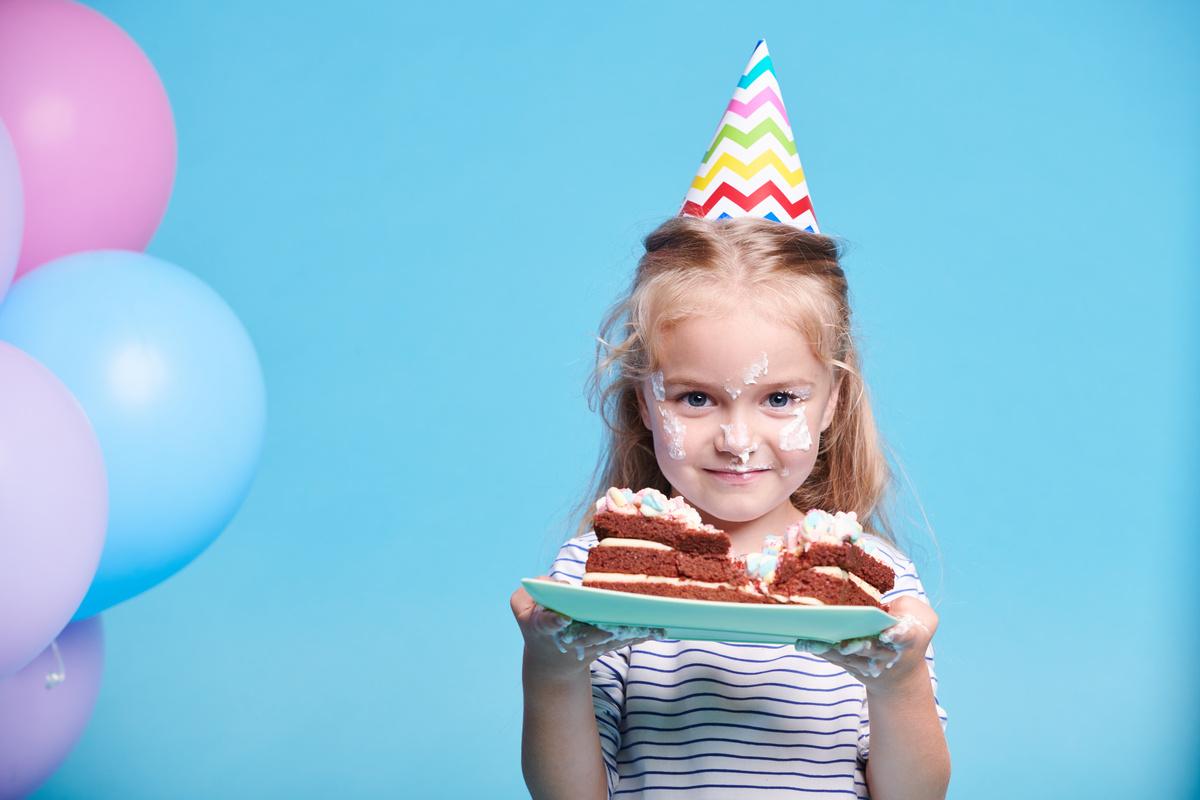 Recipe ideas for kids' birthday cakes