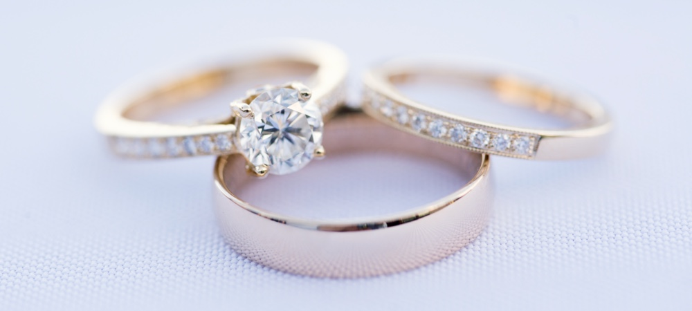 Discover the various styles of engagement rings