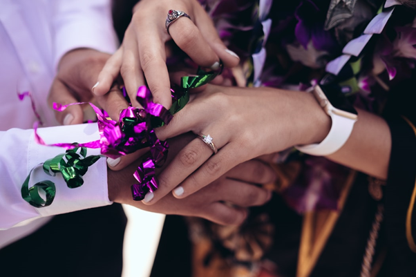 Engagement gifts for couples